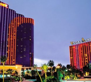 BEST Hotel In Las Vegas For A Bachelorette Weekend